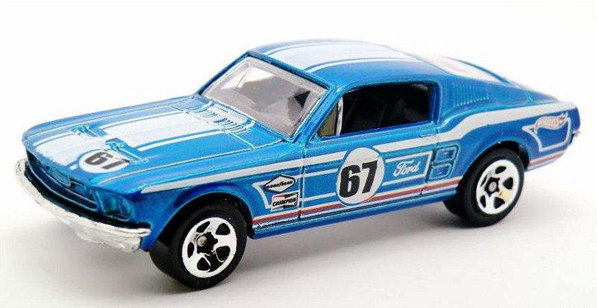67 Custom Mustang