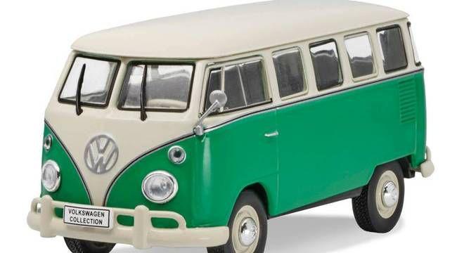 Volkswagen Kombi Luxus (1973) - Verde/ Branco - 1:43