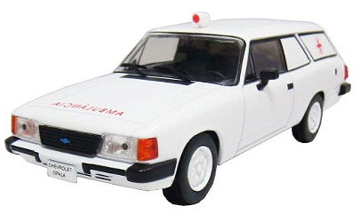 Opala Caravan Ambulância 1:43