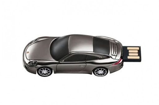 PEN DRIVE USB  911 CARRERA ( 8 G)