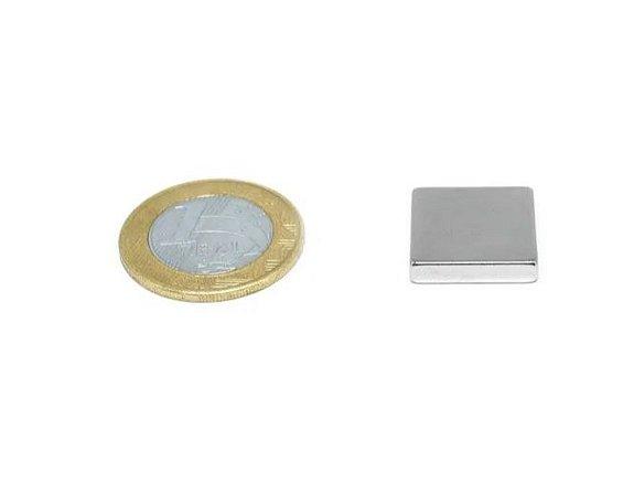 Ímã Neodímio N35 Bloco 18x18x4 mm