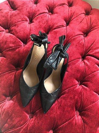 Sapato Arezzo Preto com Laço