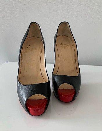 Sapato Preto Louboutin