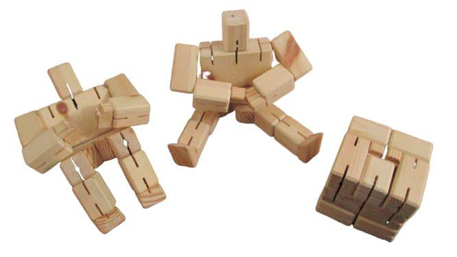 Cubo Robô - JAC Oficina de Madeiras