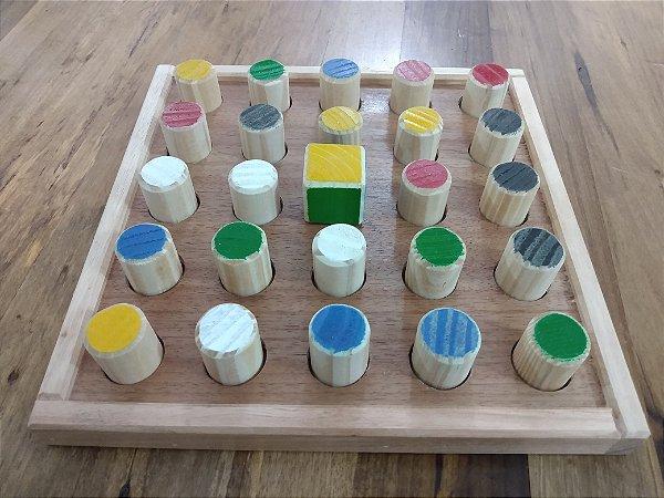Jogo Três Memórias - Xadrez das cores - Jogo Memória - JAC Oficina de Madeiras