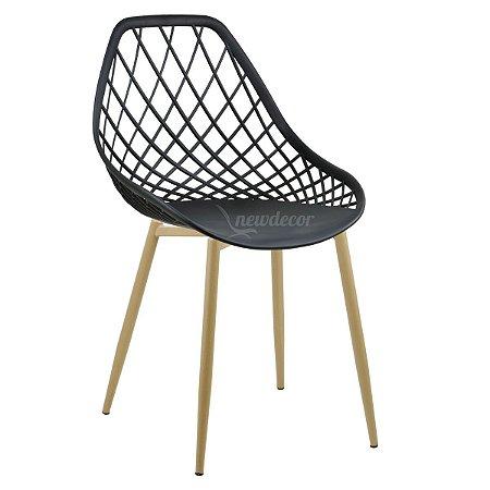 Cadeira Marine Preta Wood em PP