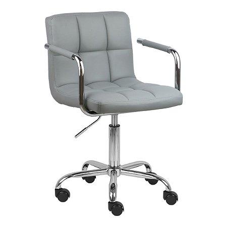 Cadeira Turquia Cinza Claro em PU e Base Aranha Cromada