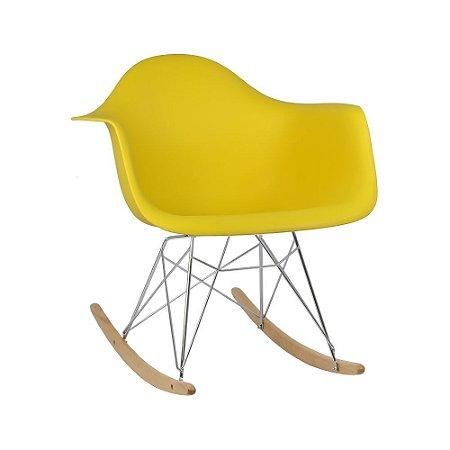 Cadeira Amarela Charles Eames Balanço DAR em PP