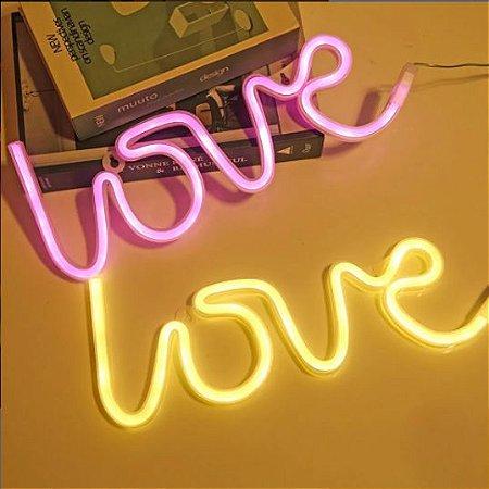 Luminária Love Neon Led de Parede USB e Pilha