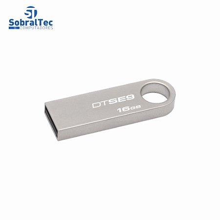 Pen Drive Kingston 16Gb Usb 2.0 Prata Plug And Play DataTraveler SE9 DTSE9H/16GBZ