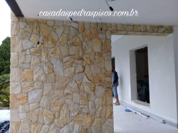 Pedra Savana amarela irregular caco tonelada