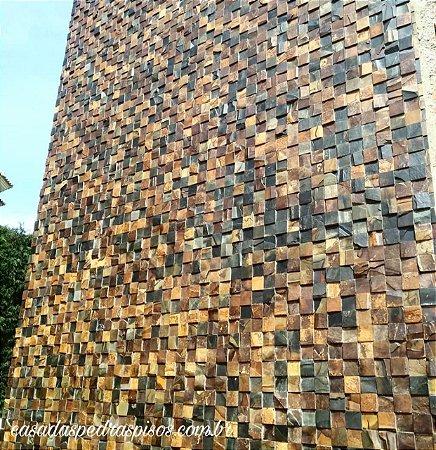 Pedra Ferro 10x10 parede