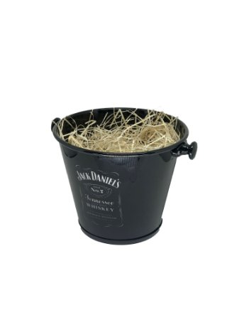 Balde Jack Daniel's com celofane e laço - ideal para 06 a 09 itens