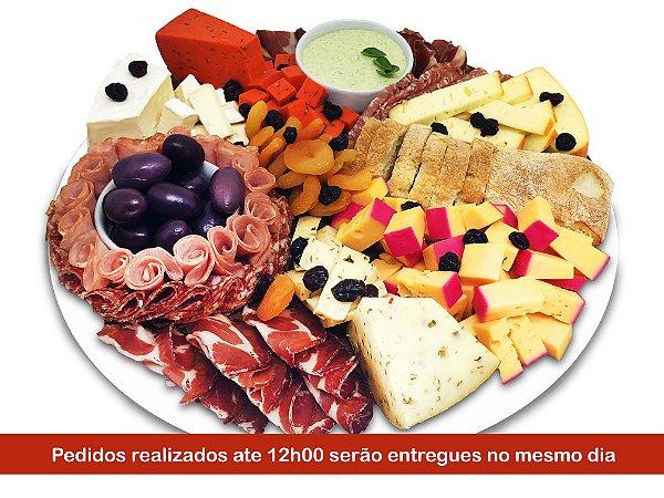 Platter / Tábua de Frios Grande para até 08 pessoas - Pedidos até 12h00 serão entregues no mesmo dia