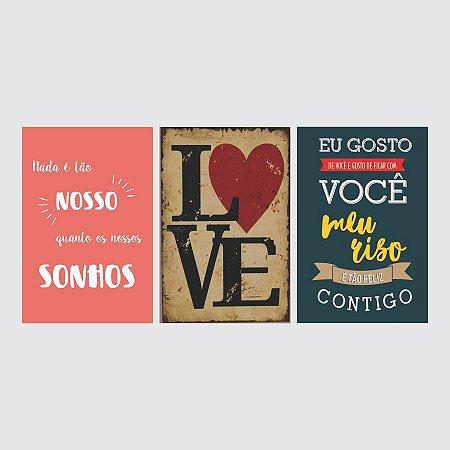 KIT COM 3 PLACAS DECORATIVAS SONHOS, LOVE E MEU RISO