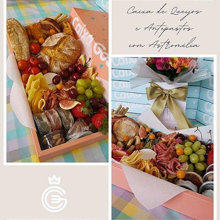 Caixa de Queijos e Antepastos e Box de Flores Astromélia