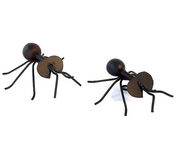 Formiga Decorativa em Ferro e Madeira - 2 peças