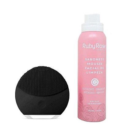 Kit Esponja de Limpeza Facial Preto + Sabonete Mousse Frutas Vermelhas - Ruby Rose