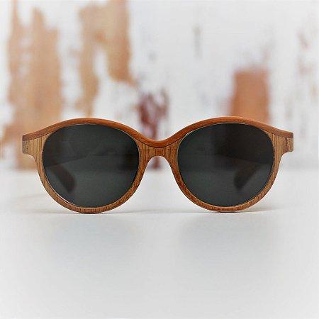 Óculos de Sol Modelo Voo Livre João Baiano em Peroba Rosa Hayô