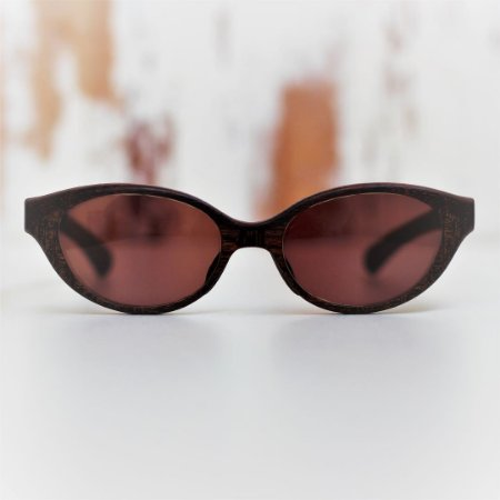 Óculos de Sol Modelo Jaguaretê Pixoxó em Jatobá Hayô