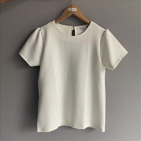 Camiseta Newprime Martina Vaz