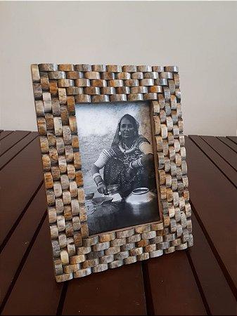 Porta Retrato Osso cinza 10x15cm