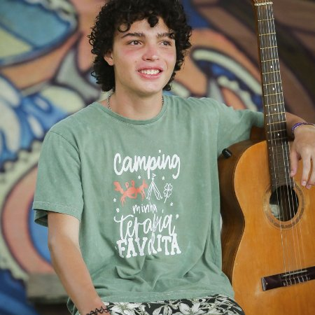 Camiseta Estonada Camping Minha Terapia Favorita