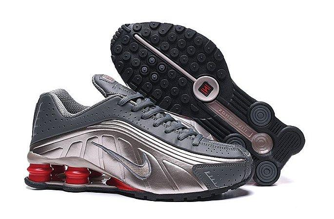 Nike Shox R4 Metalic Black