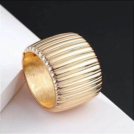 Bracelete Grande E Largo Banho Ouro Frisado