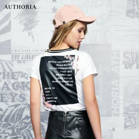 Blusa Less Things More - Teen
