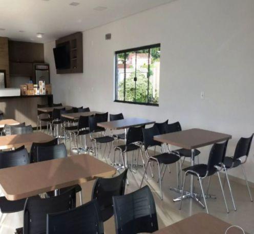 Conjunto com 1 Mesa e 4 Cadeiras - Mesas e Cadeiras para Restaurante REF 6120