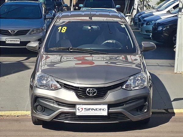 TOYOTA ETIOS - 2017/2018 1.5 X SEDAN 16V FLEX 4P AUTOMÁTICO