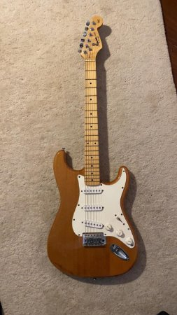 Guitarra Fender SquierStrat California