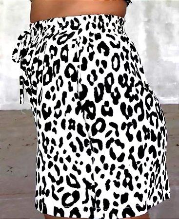 Shorts tecido animal print onça off white