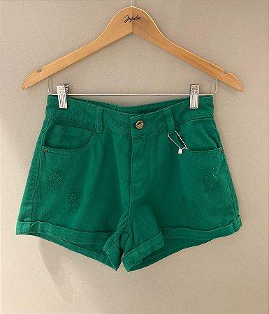 Shorts Barra Virada