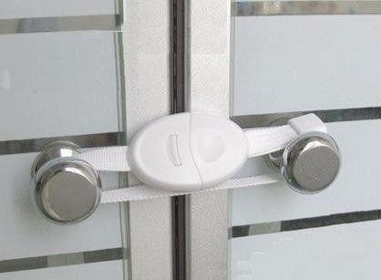 2 Trava De Segurança Flexível Porta C/ Puxador Bebê Travas