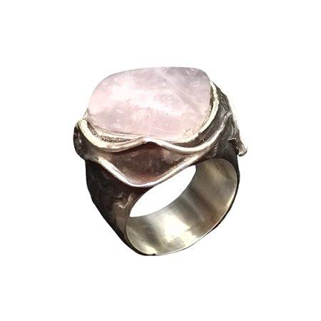 Anel de Prata Envelhecida com Quartzo Rosa