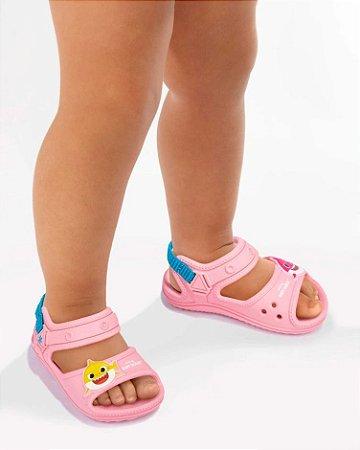 Sandália Grendene Kids Baby Shark Infantil Feminino Cor Rosa
