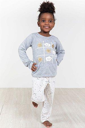 Pijama infantil longo estampado estrela e luar