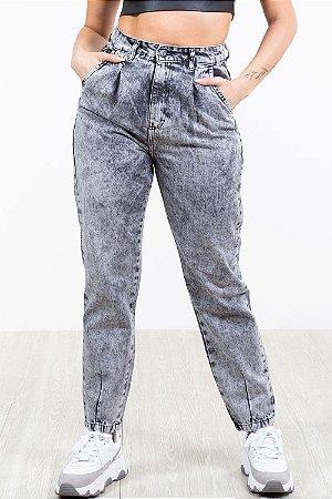 Calça jeans slouchy marmorizada