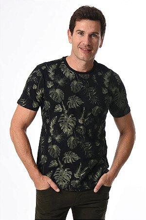 Camiseta manga curta com estampa folhagem
