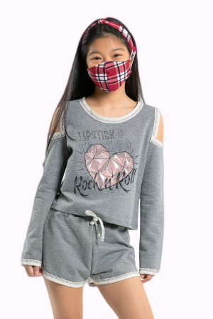 Conjunto juvenil blusa manga longa com shorts