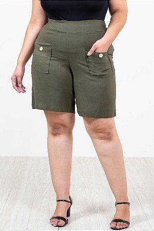 Shorts com bolso plus size
