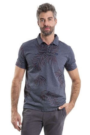 Camiseta polo  manga curta com 3 botões estampa folhas e detalhe bordado
