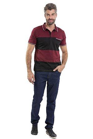 Camiseta polo manga curta com detalhe em recorte e bolso frontal
