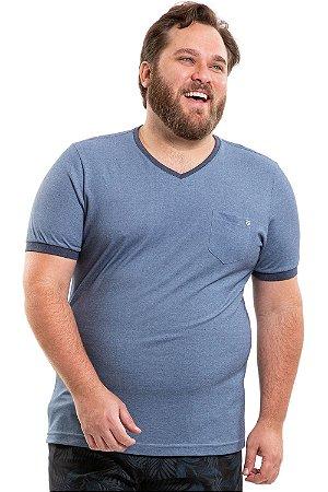 Camiseta manga curta em piquê plus size