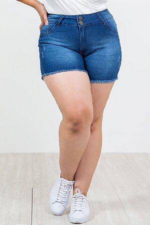 Shorts jeans com puídos plus size