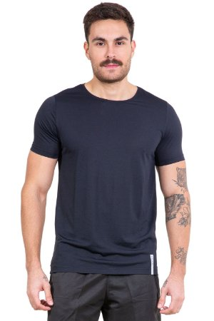 Camiseta manga curta reta tecido dry