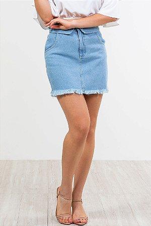 Saia jeans cós c/ dobra e barra desfiado