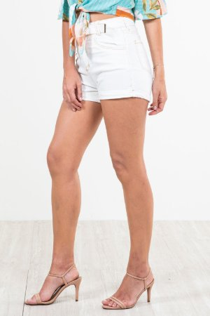 Shorts jeans hot pants liso barra virada c/cinto